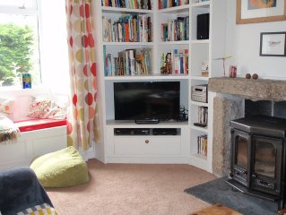 Homely cottage with pretty garden, St Just