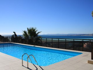 Air Conditioned Apartment with Panoramic Sea View