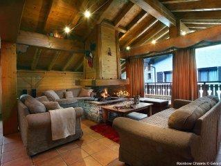 Luxueux Chalet 20pers - a 150m des pistes 3Vallees - au Bettaix