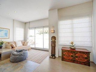 Sea view &luxury penthouse in Bialik street: best location