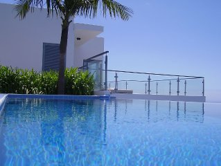 Quinta Pereira, best ocean views on the island, spacious and secluded oceanfront