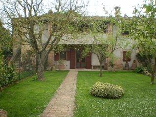 Casa di Tommy-Casa con giardino nella campagna toscana