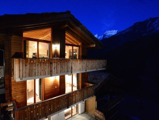 Luxurious 5 * Chalet for 8 with stunning views