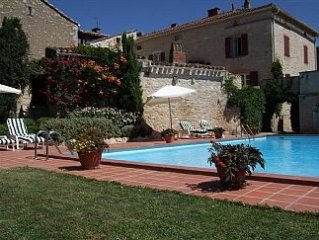 Stone Built ,Country House, 4 Kms From Cordes-sur-Ciel, Tarn and 20kms from Albi