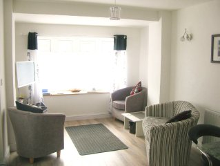 Luxurious apartment in the heart of Crantock, just 5 mins walk from sandy beach