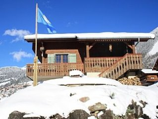 Luxury 4 Bedroom En-Suite Alpine Chalet With Hot Tub, Sauna & Spectacular Views