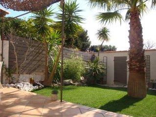 Maison de charme avec jardin dans le village de Gassin ,Golfe de St Tropez