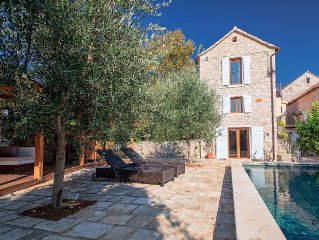 Beautiful renovated stone house with private pool, walled garden, outdoor living