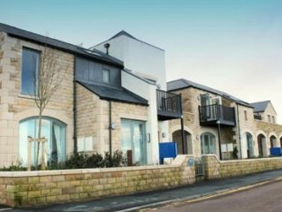 Luxury apartment on award winning Bamburgh beach, 5 star Tourist Board status.