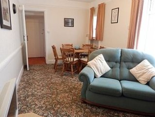 Large Terraced House In Porthmadog with central heating and internet.
