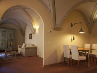 Charming Apartment in the Historical Center, few steps Uffizi Gallery