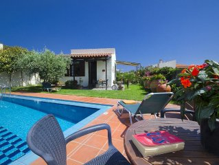 Yiannis Cottage with Private Pool, is set in a picturesque position in W Crete