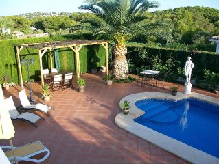 Luxury Villa With Private Pool, Table Tennis, UK TV And Wi-Fi