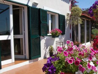 Appartement de luxe avec son propre jardin, entree privee et terrasse
