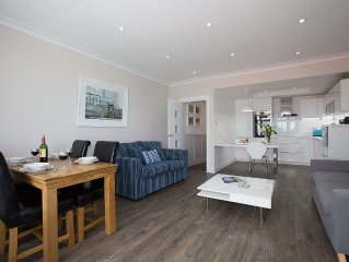 Twelve metres from the beautiful Harbour Beach with  the best view in town.