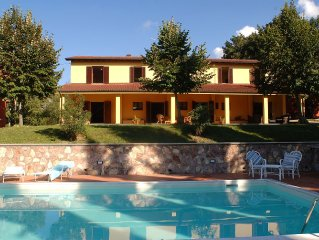 Villa Umbria - a peaceful oasis surrounded by vineyards in the Todi - Orvieto a