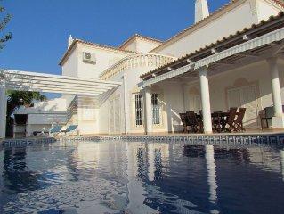 CASA NANA - Large comfortable villa with private pool & sea view, aircon
