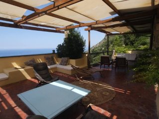 Beautiful villa overlooking the sea in the Maremma National Park