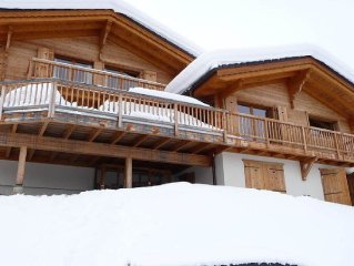 Ski in/out, 5 ensuite bedrooms, spacious luxury in Verbier region