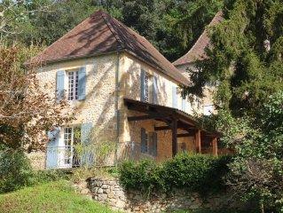 Au Coeur de la Vallée des Cinq Châteaux, Belle Demeure de charme de 1851, Rénové