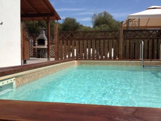 Villa with pool and housekeeper, 400 meters from beach of Porto Columbu (1 km f