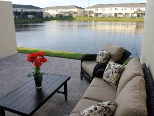 Modern 4 Bedroom Townhouse In Compass Bay