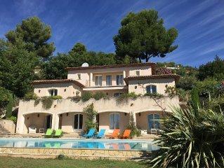 Sea view, terrace, heatable pool, garden, family-friendly, internet, wifi