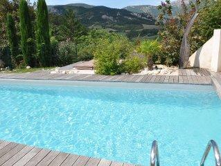 Maison hameau restaurée, région Dieulefit-Nyons,piscine, jacuzzi, super panorama