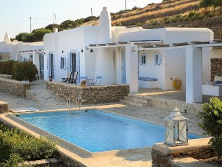 Holiday villa with private pool and fantastic sea view