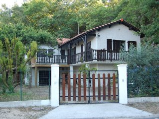 Beautiful villa, comfortable, 8 people, 3 bedrooms, 150 m Lake Lacanau Ocean 4km