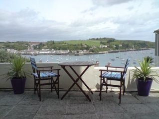 Family And Dog Friendly Apartment With Stunning Sea Views in Falmouth, Cornwall