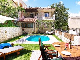 Spacious Villa in a Quiet Traditional Small Villa