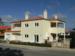 Luxury detached villa, private pool and garden, beaches & Golf nearby and Wi Fi