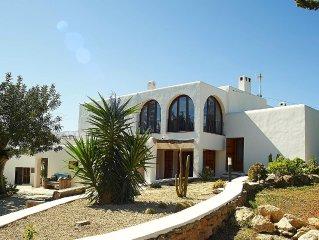 meravigliosa  fattoria del 1600 nella campagna più bella di Ibiza
