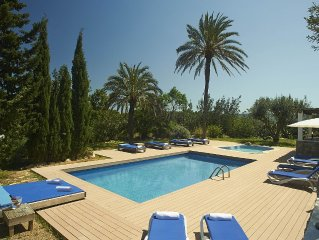 Dreamlike finca in Ibiza  with 2 swimming pools - 6 bed rooms - special place