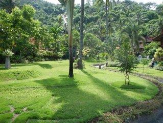 Lombok-Bali style luxe Villa met veel comfort en service