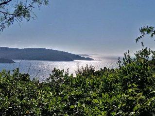 Villa bioclimatique sur une ile paradisiaque. Location / rental / Miete villa Il