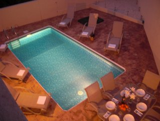 RELAXING VILLA WITH PRIVATE POOL - IDEAL FOR FAMILY OR FRIENDS HOLIDAY incl WiFi