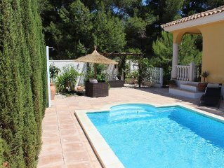 Beautiful Villa With Air-conditioning, Private Pool and WiFi
