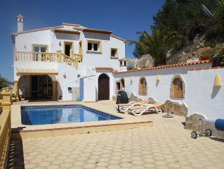 Family Freindly and Secluded, Fantastic Panaramic Views amenities within walking