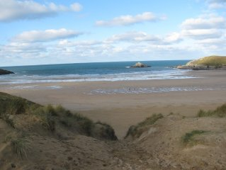 Starfish Cottage in the beautiful village and beach of Crantock in Cornwall