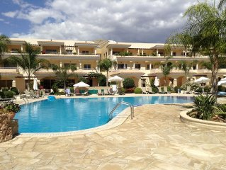 Luxury 2 Bedroom Apartment, Mandria, Nr Paphos