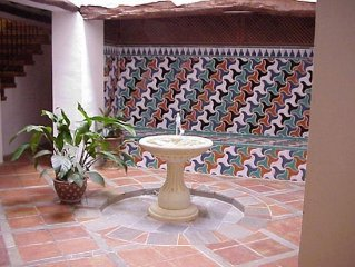 Magnificent spacious Moorish house with private pool. WIFI