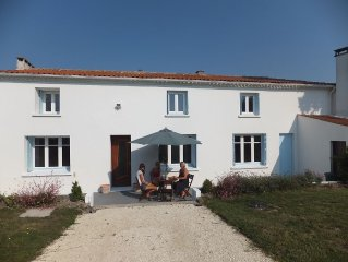 Large House Between Talmont And Mortagne Sur Gironde With Views On Estuary