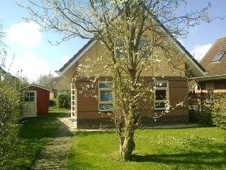 5 pers. luxe bungalow aan het water gratis Wifi , prijs inclusief energie etc.