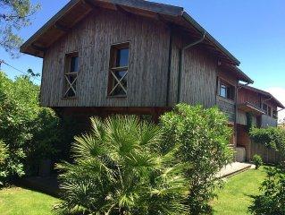 Maison en bois avec jardin sur le Bassin d'Arcachon