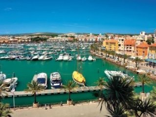 Vilamoura - Luxury Apt (Walk to Marina/ Beach) RECOMMENDED!
