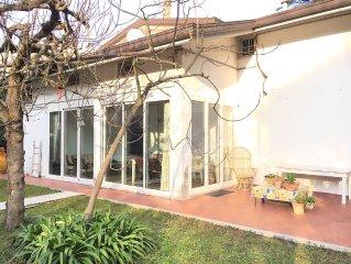 Appartamento 125 mq in Villa Renata con 350 mq di giardino privato e posto auto