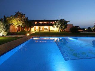 Luxurious Rome Countryside Villa, Large Pool, Weddings, Cooking Classes, Tennis