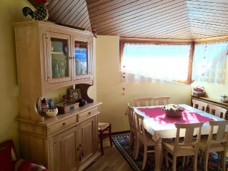 Magnificent attic apartment a few steps from the ski slopes - WiFi- Parking
